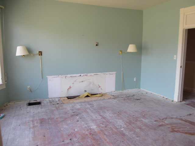 10-2016 MasterBedroom-Demo-009