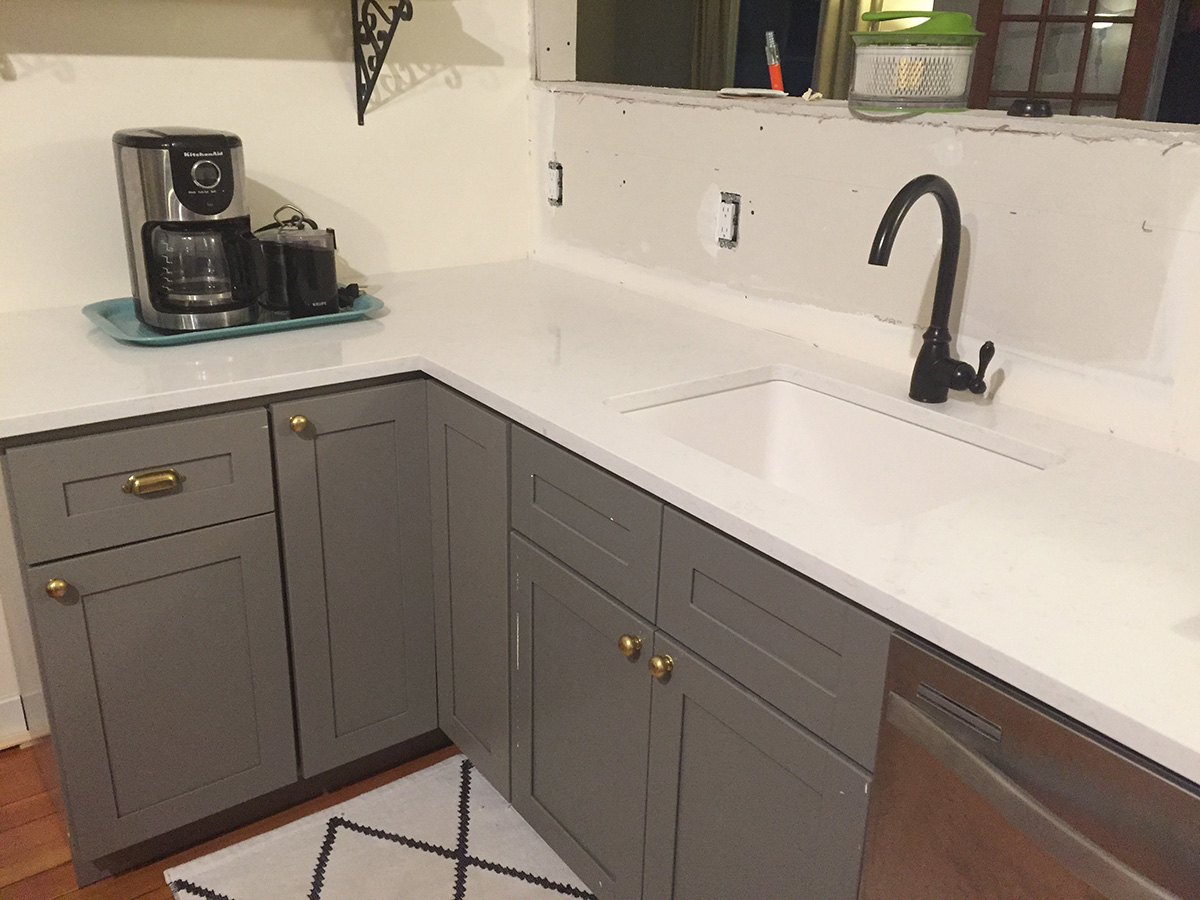 8-2017 Kitchen_Counters-01-lr